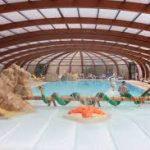 camping île de Ré avec une piscine couverte